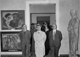 Ausstellung_entartete_kunst_1937.jpg